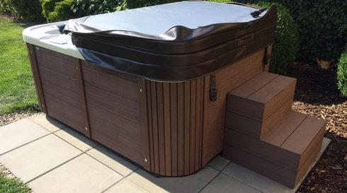Spa Studio - Designová masážní vířivka Corall na zahradní terasu