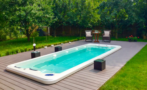 Sportovní plavecké vířivé bazény s protiproudem swim spa Octopus od výrobce Canadian Spa International®