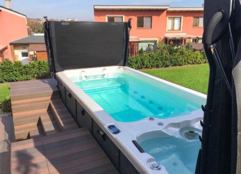 Luxurious outdoor swim spa and jacuzzi in garden Nautilus XXL - Canadian Spa International®