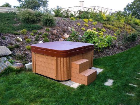 Canadian Spa International® - Corall - Intimní vířivka na zahradu pro celoroční použití - Spa Studio