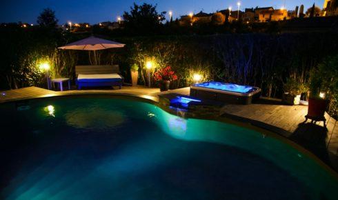 Luxusní masážní vířivé bazény Spa Studio