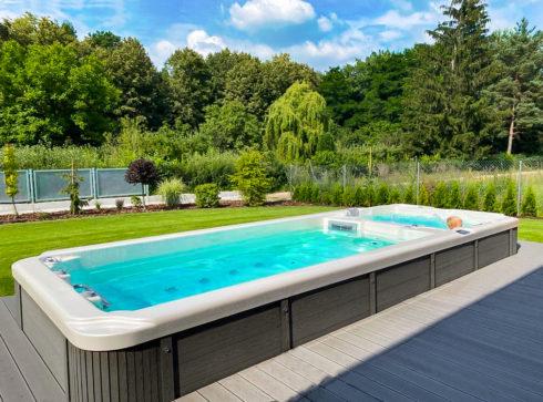 Swim spa Nautilus XXL - Zahradní vířivý bazén s plaveckou částí s protiproudem pro nekonečné plavání a masážní částí od výrobce Canadian Spa International® - Spa-studio.cz