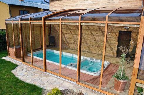 Sportovní plavecké vířivé bazény s protiproudem swim spa Nautilus XL od výrobce Canadian Spa International®