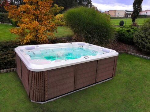 Canadian Spa International® - Gladius New - luxusní prostorný vířivý bazén až pro 7 osob - Spa-studio.cz