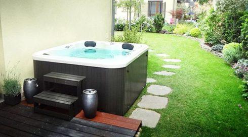Spa-Studio - Intimní vířivky na zahradu Canadian Spa International® - vířivá vana Puerla
