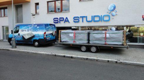 Doprava instalace venkovních vířivek - transport Spa Studio
