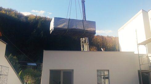 Swim Spa Nautilus XXL - umístění na střeše, instalace pomocí jeřábu