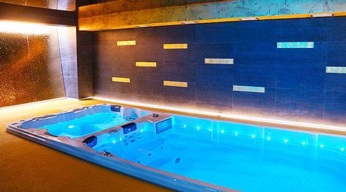 Venkovní i interiérová vířivka Swim-SPA Nautilus-XXL