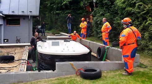 Venkovní Swim Spa Beluga vířivá vana zapuštěná do terasy