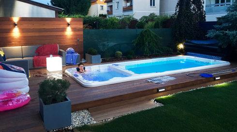 Venkovní vířivka a plavecké swim spa Nautilus XL - Canadian Spa International®