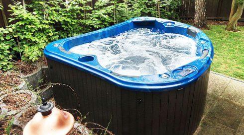 Designová celoroční venkovní vířivka Morpheus Canadian Spa International®